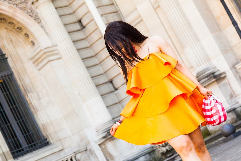 look robe orange