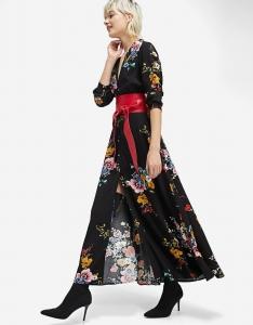 Robe chemise à fleurs Stradivarius