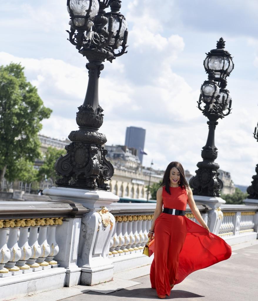 la combinaison rouge pont Alexandre 3
