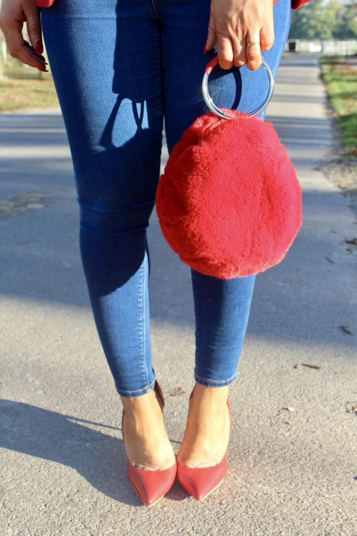 sac à main fausse fourrure rouge