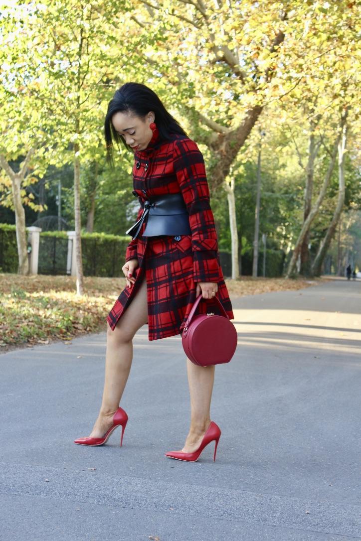 inspiration manteau à carreaux rouge