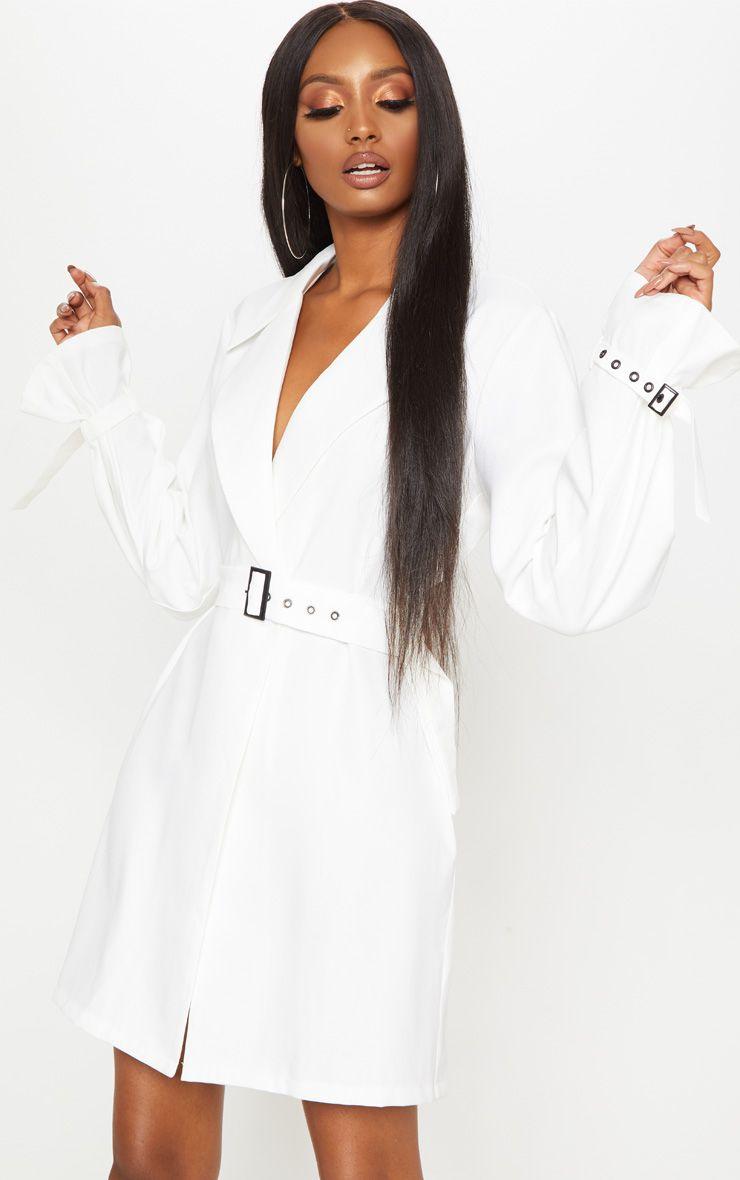 robe blazer détail boucle prettylittlething