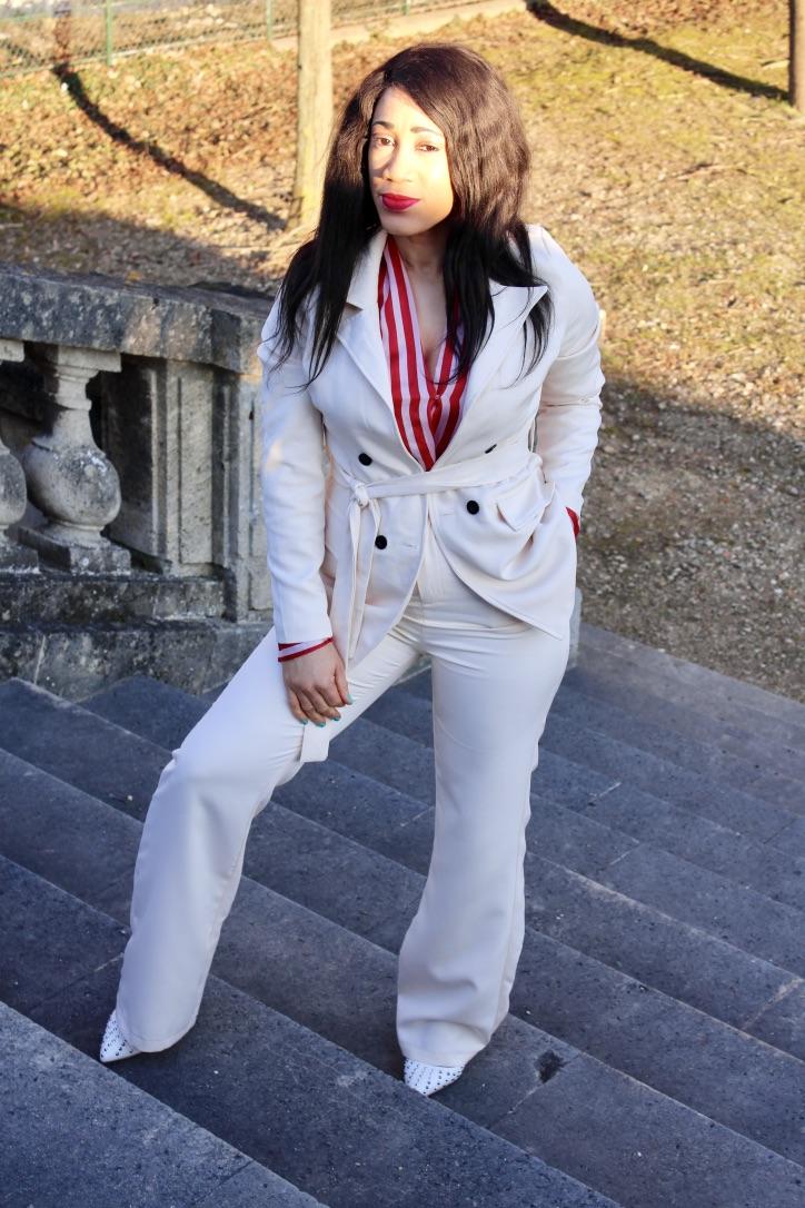 look tailleur crème blog