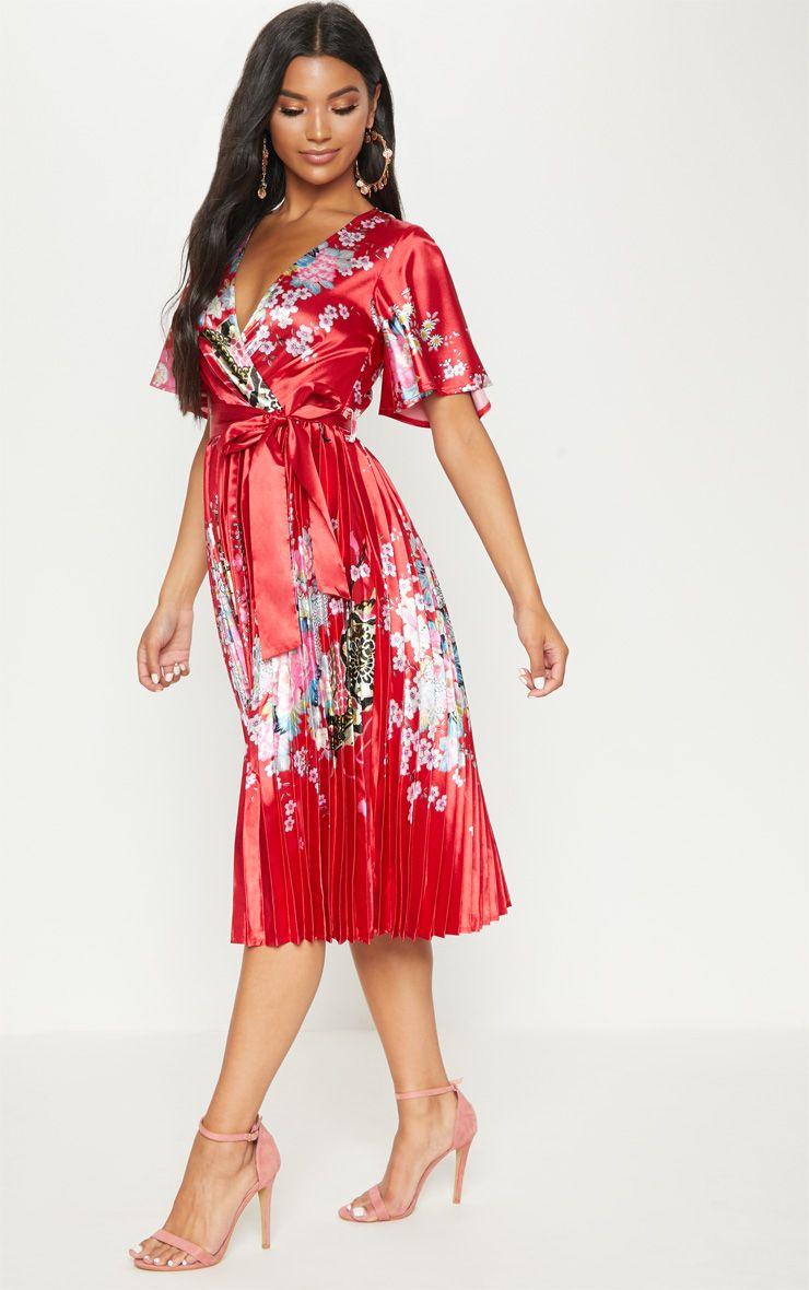 robe fleurie prettylittlething