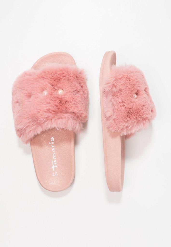mules style chaussons Tamaris