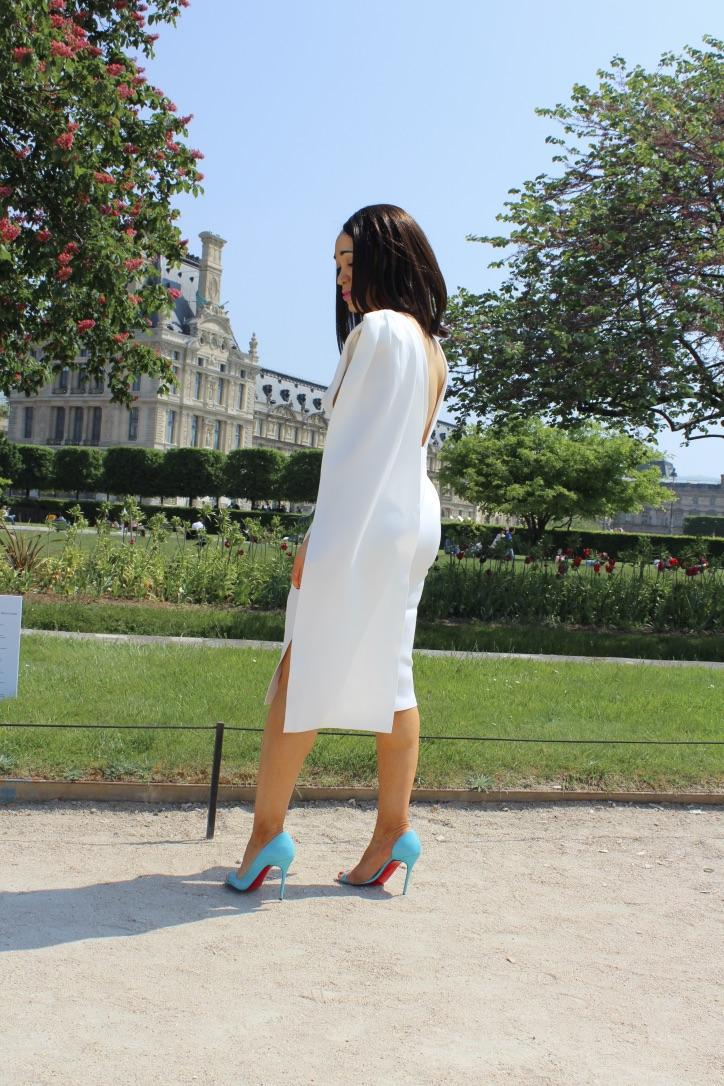 robe blanche sos