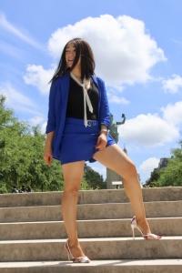 idée look tailleur bleu