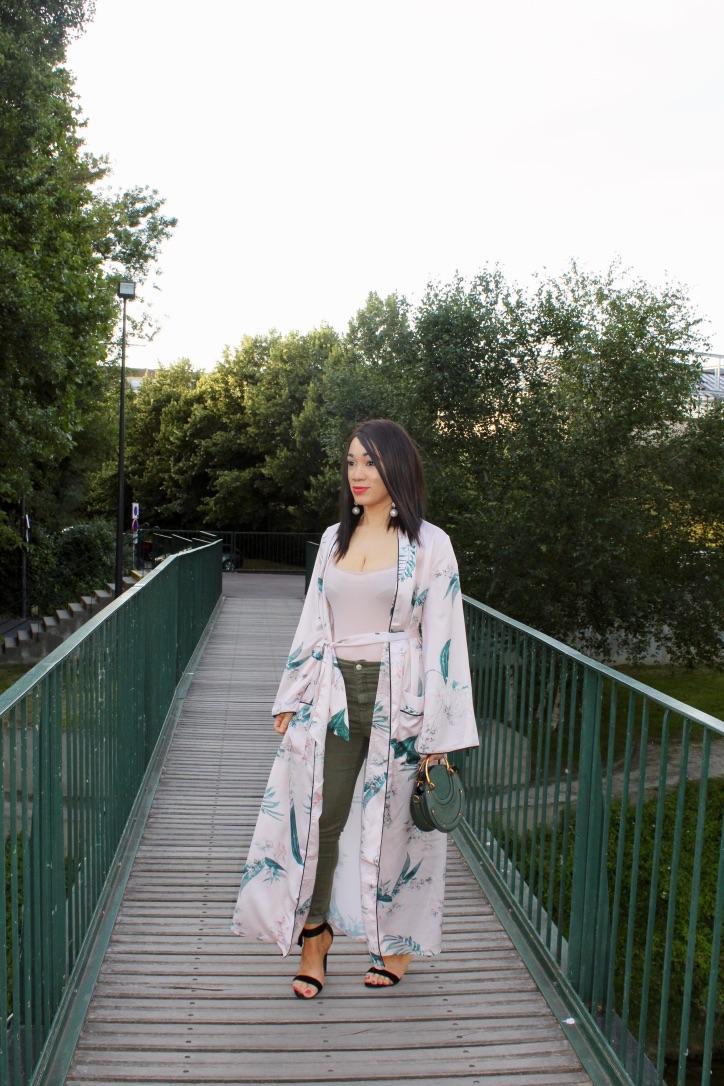 look kimono satiné