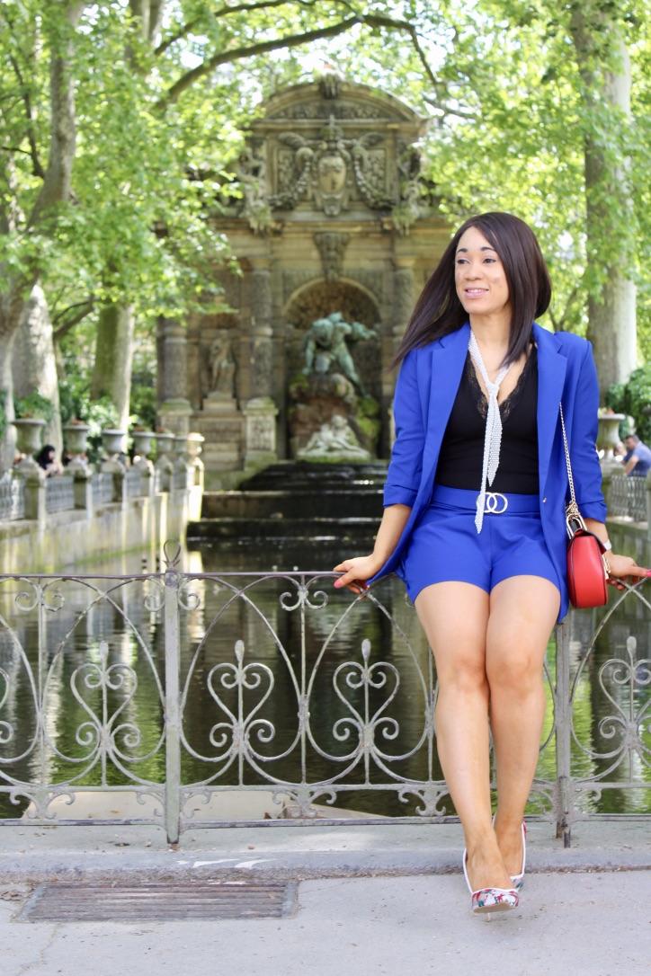 shooting photo tailleur bleu