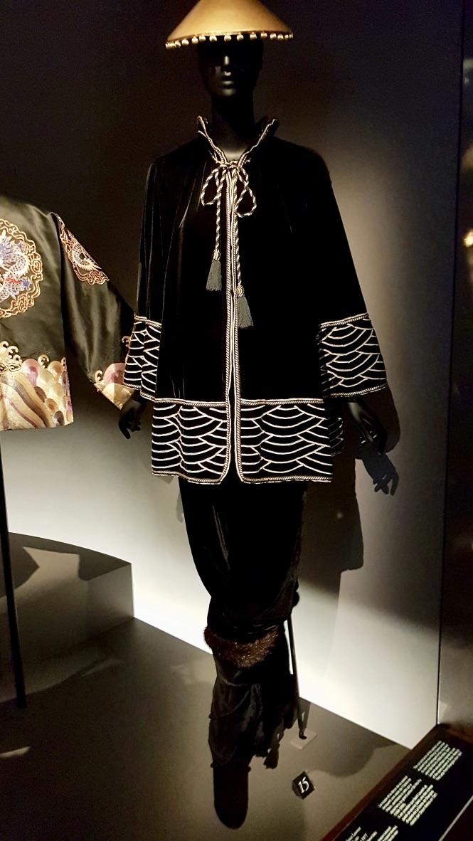 costume musée yves saint laurent